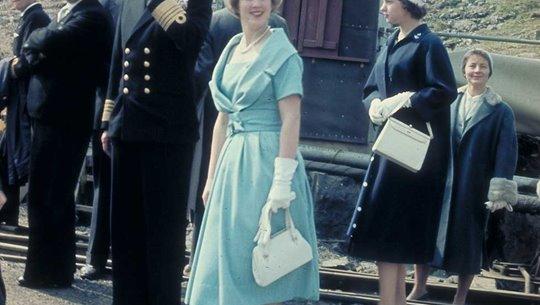 Kongalig vitjan av m.a. Margretu krúnprinsessu